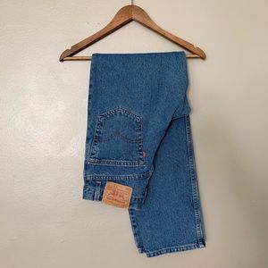 Levi's 550 Relaxed Fit Red Tab Hi Rise Mom Jean 30